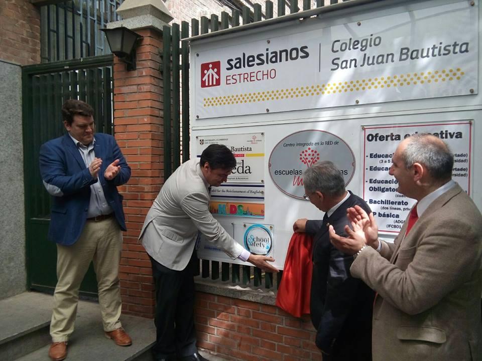 Entrega del primer certificado SchoolSafety a Salesianos Estrecho